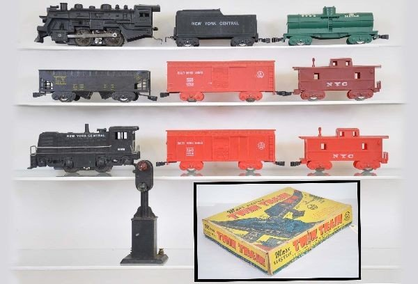 27: Rare Boxed Marx Twin Train Set 39350
