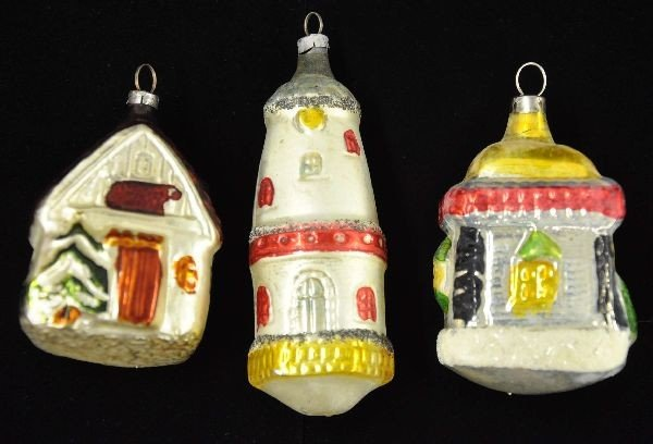 23: House/Lighthouse Christmas Ornaments