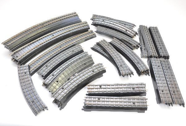 159: Lionel Double 00 Track Lot