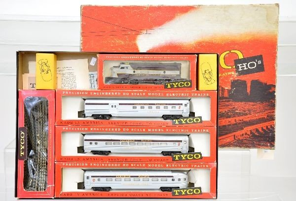173: Boxed Tyco HO Set T5908
