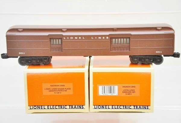 163: Boxed Lionel Madison Cars