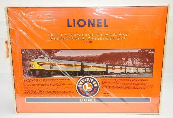 165: Lionel 29122 Phobee Snow Passenger Set