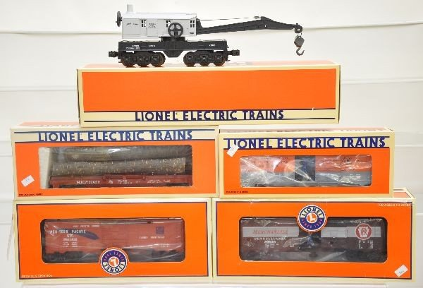 173: Boxed Lionel Freight Cars