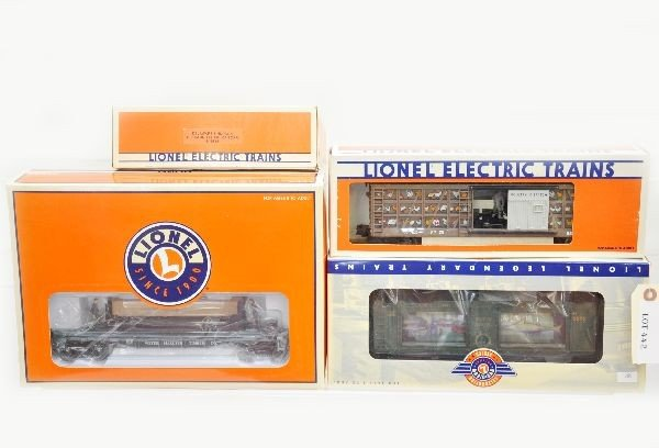 178: Boxed Lionel Operating Cars