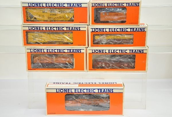 180: Boxed Lionel MR Fallen Flags Set