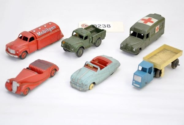 1: Dinky Vehicle Lot