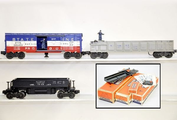 199: 3 Boxed Lionel Freight Cars