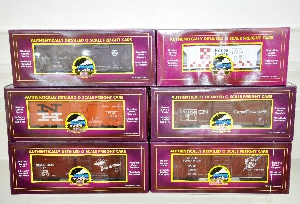 2: 6 Boxed MTH Freight Cars