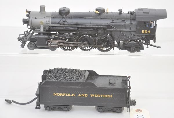 21: Weaver N&W Pacific Locomotive
