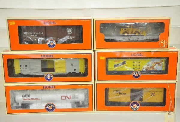 9: 6 Boxed Lionel Freight Cars