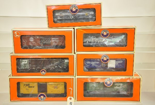 10: 7 Boxed Lionel Freight Cars