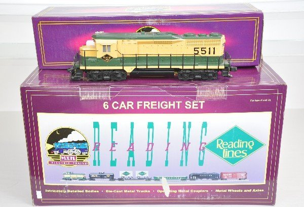 10: MTH Reading Diesel Freight Set