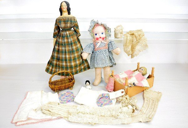 388: Early Doll & Accessory Lot