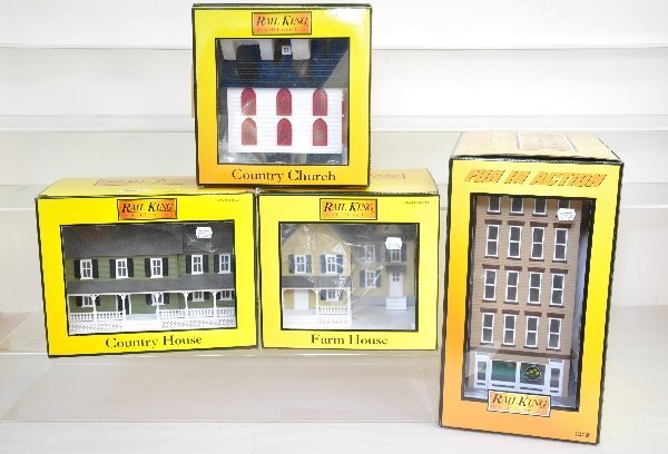 10: Boxed MTH & K-Line Accessories