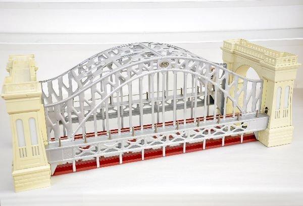 1: Lionel 32904 Hell Gate Bridge