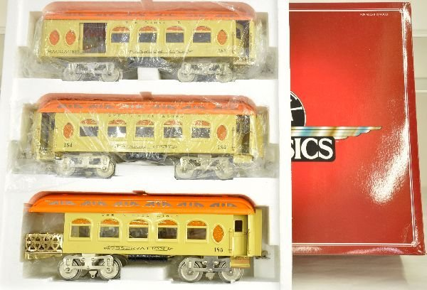 23: Lionel Classics 13412 Passenger Cars