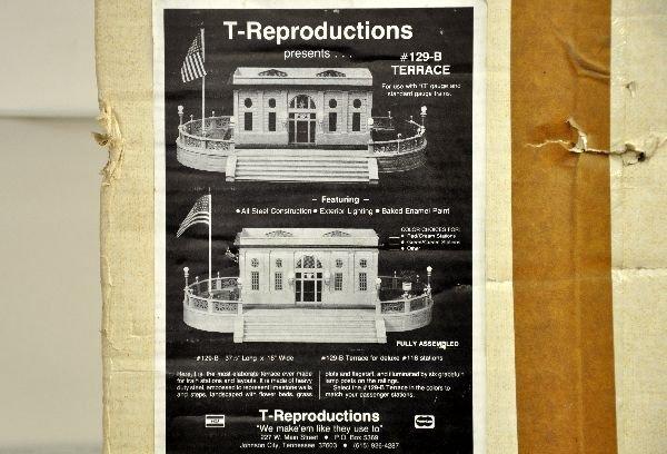 2: T-Reproductions Lionel 129-B Terrace