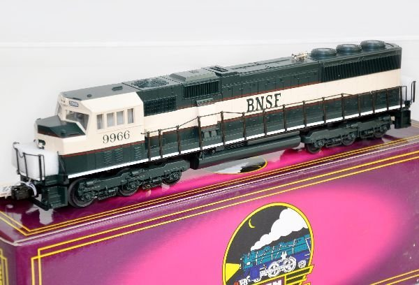 MTH 20-2154-1 BNSF SD-70 Mac Diesel