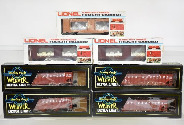 7 Boxed Lionel & Weaver Freight Cars