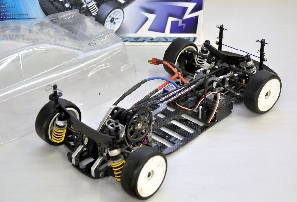 X RAY T1 RC Car and Clear Shell - 3