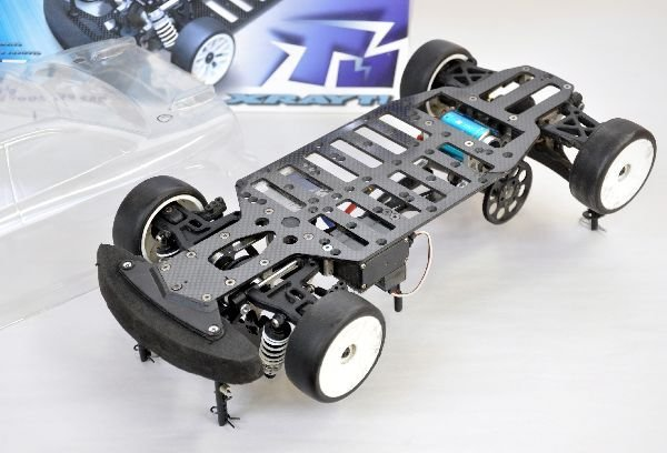 X RAY T1 RC Car and Clear Shell - 4