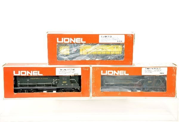3 Lionel Boxed Diesels