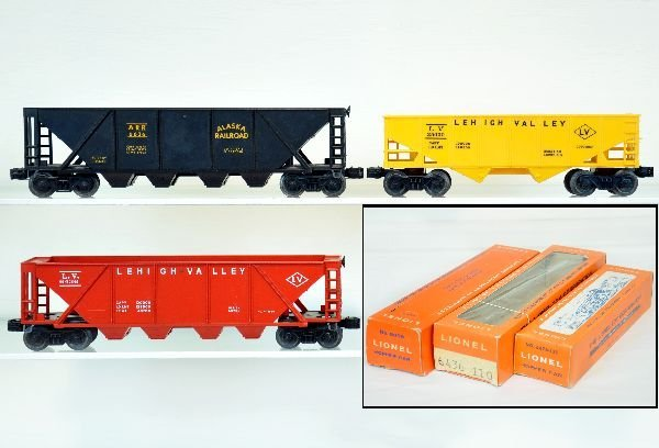 3 Super Boxed Lionel Hoppers 2 are Mint