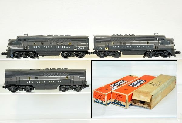 Boxed Lionel 2344 NYC F3 ABA Diesels