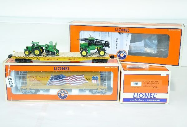 3 Pc Lionel Tender and Freight Car Lot