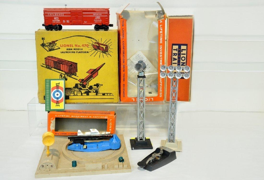 4 Boxed Lionel Accessories