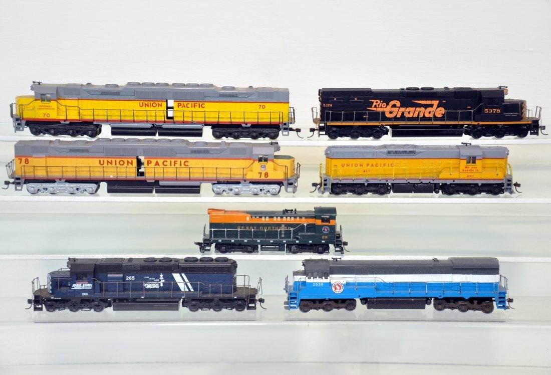 7 Athearn HO Diesels