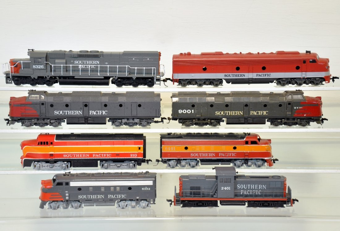 8Pc Southern Pacific HO Diesels
