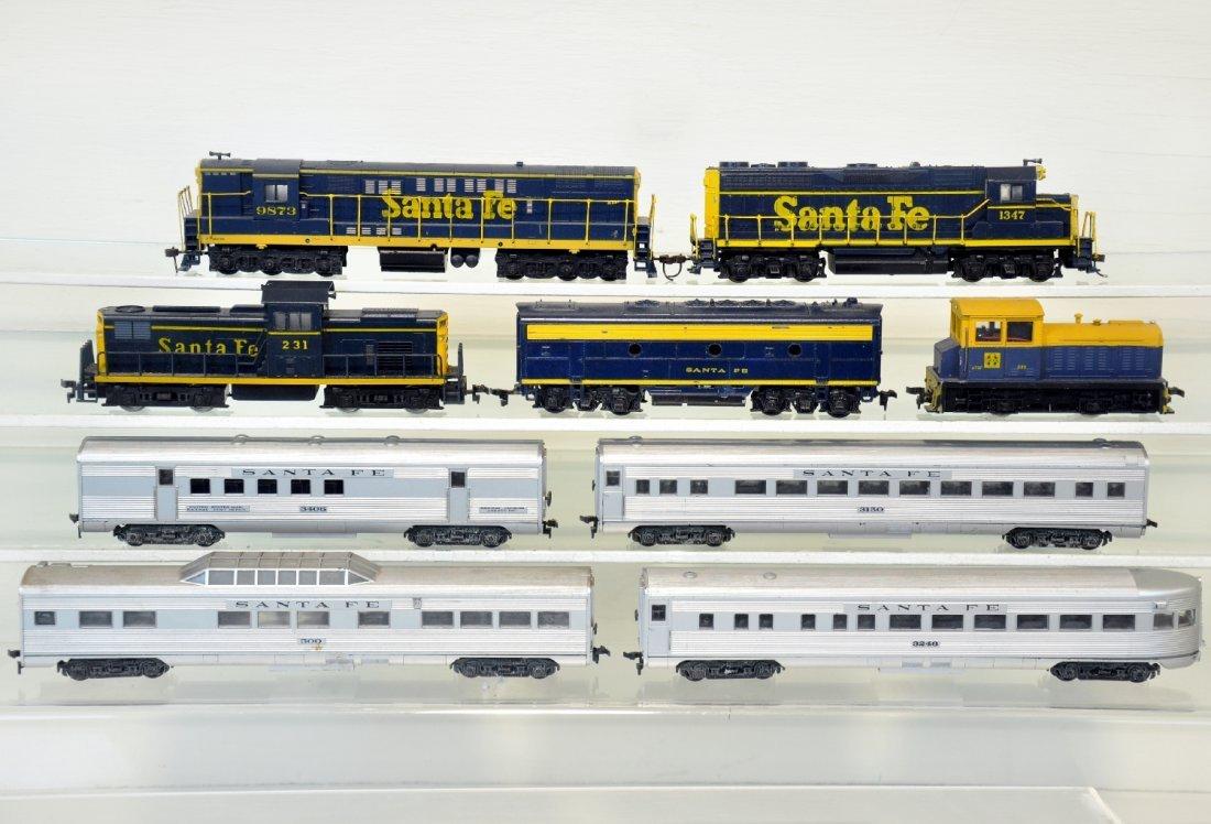 9Pc Santa Fe HO Trains Lot