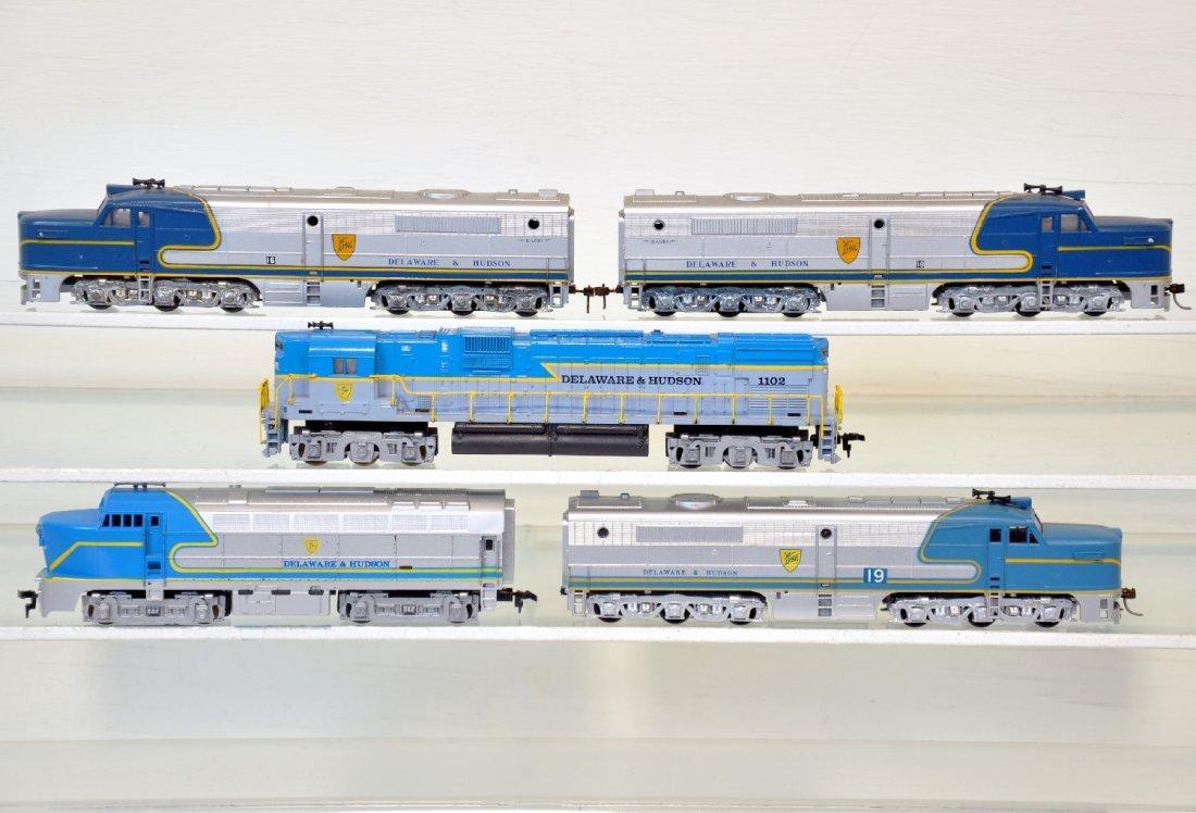 5 Delaware & Hudson HO Diesels