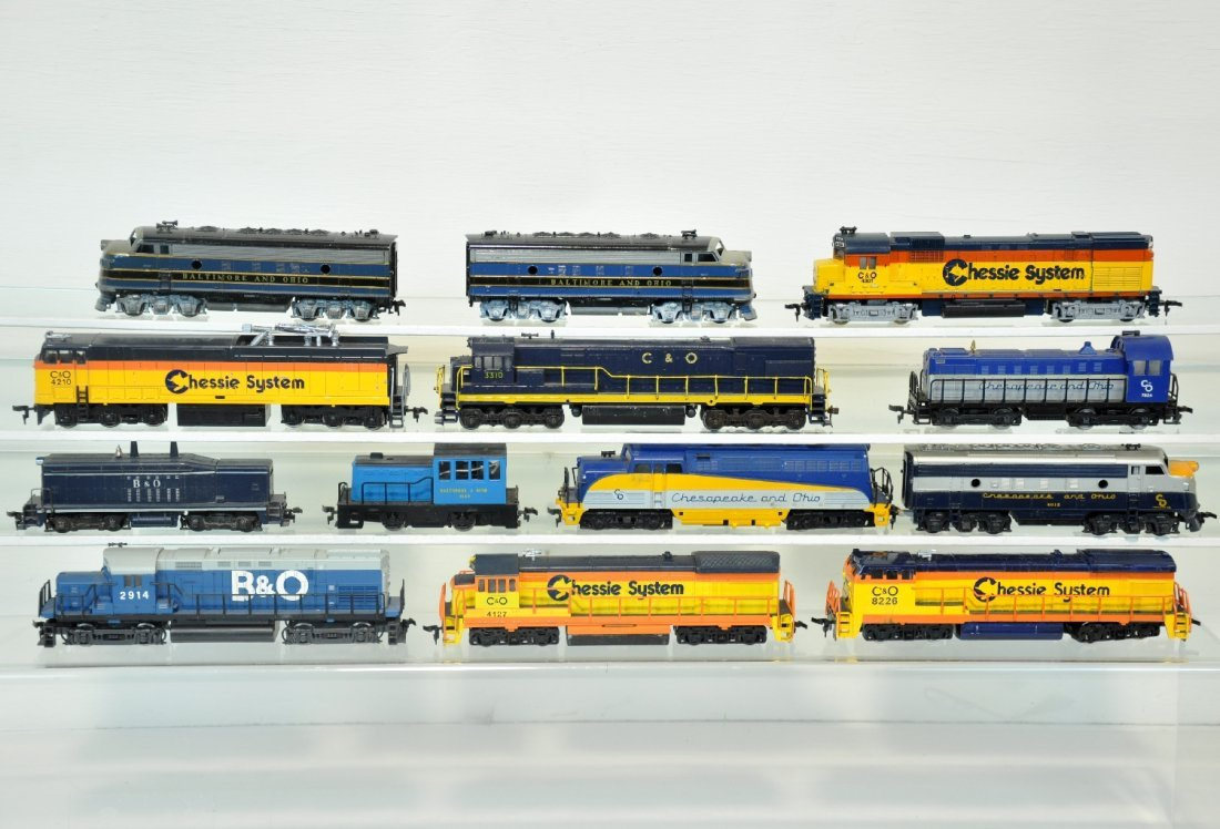 13PC B&O, C&O HO Diesels