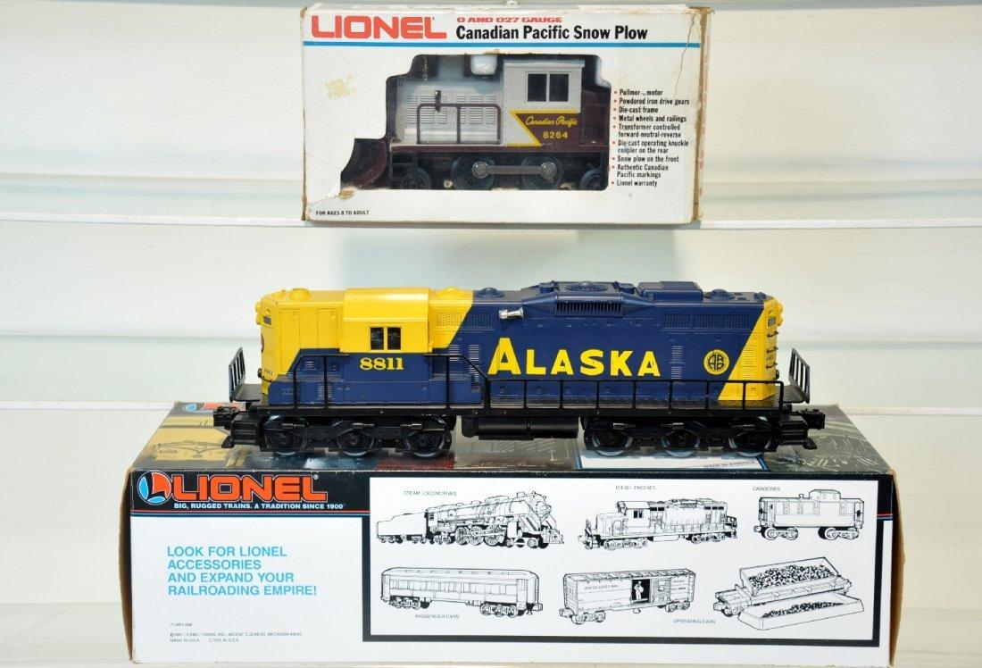 Lionel 8264 & 18811 Diesels