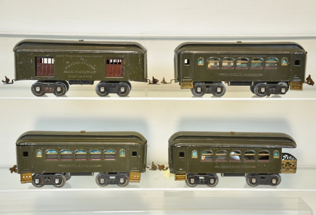 4 Early Lionel Passenger Cars