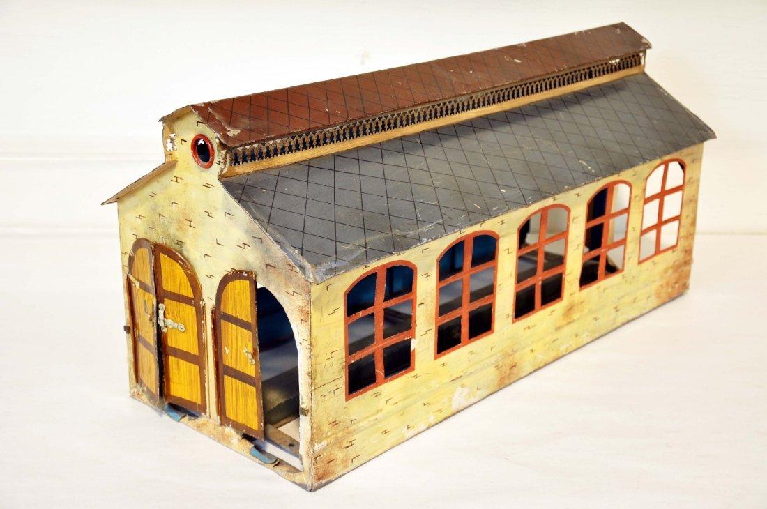 Large Marklin 2115/1 Engine House