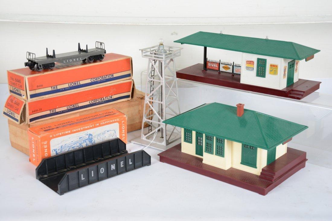 Lionel Box & Accessory Lot