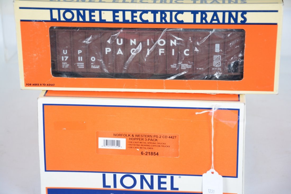 Lionel Hoppers