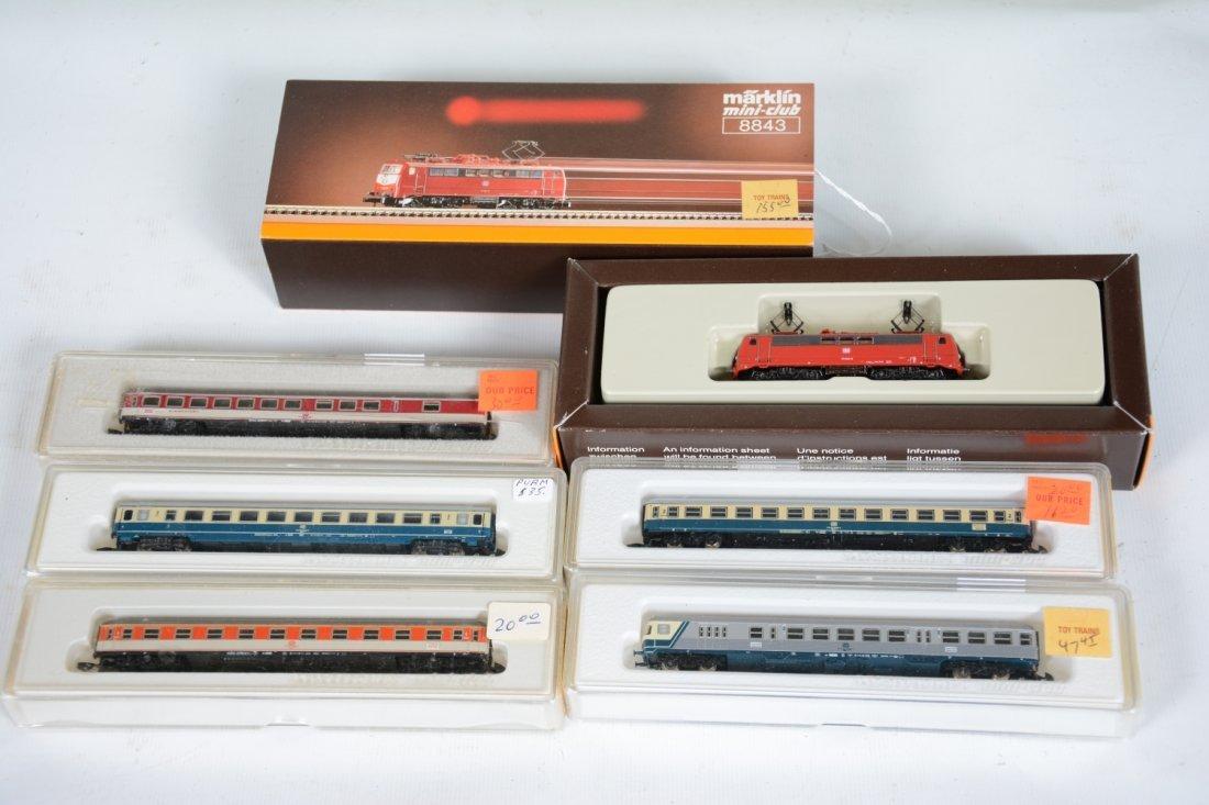 Marklin Z Gauge DB Passenger Set