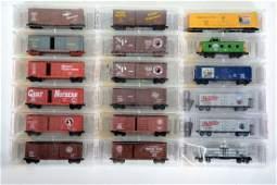 18 Micro-Trains N Ga Freight Cars