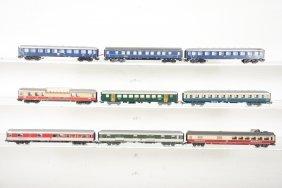 9 Assorted Marklin Ho Passenger Cars