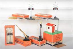 6 Clean Boxed Lionel Accessories