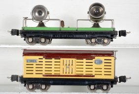 Lionel 2820 & 2813 Freight Cars