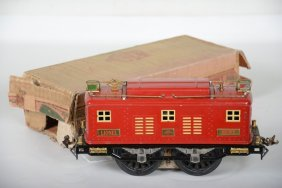 Clean Boxed Lionel 8e Locomotive