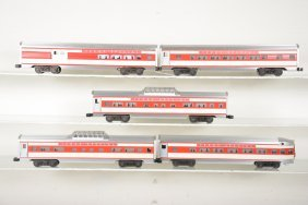5 Custom Painted Lionel Texas Special Passenger Cars