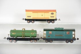 Restored Lionel 815, 814 & 817 Freight Cars