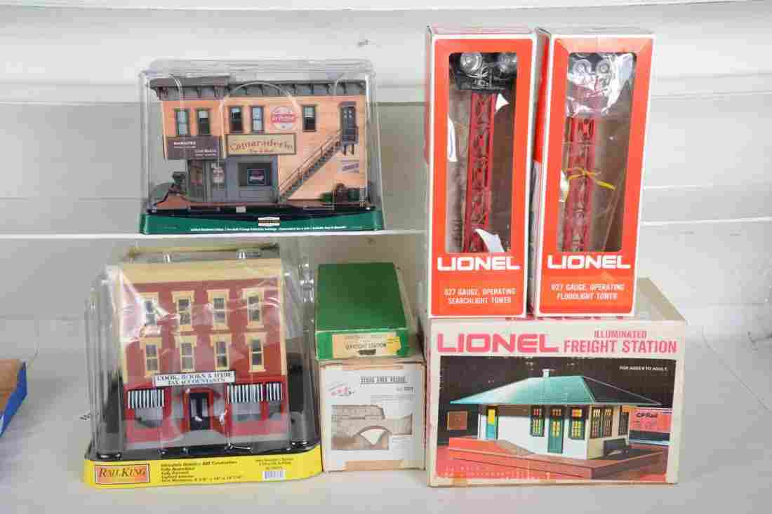 O Ga. Modern Train Layout Accessories