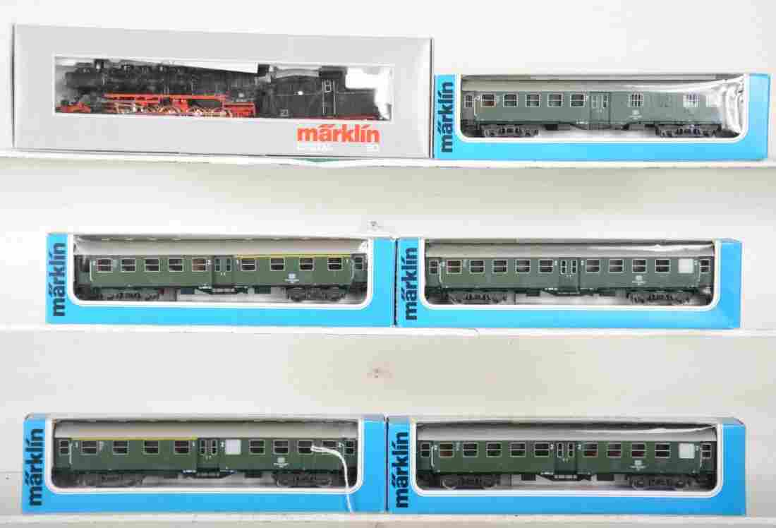 Marklin HO DB Steam Passenger Set